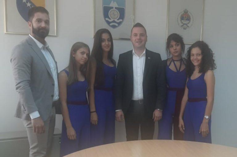 Ритам Европе: Музички таленти на пријему код Начелника Милана Вукадиновића